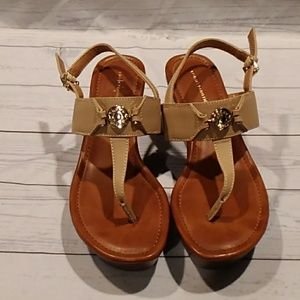 Tommy Hilfiger platform sandals size 8.5.     0108